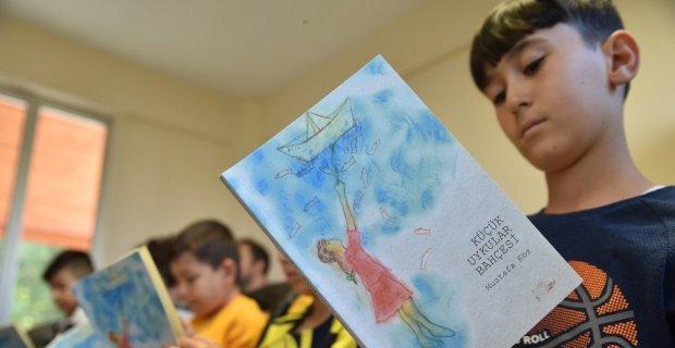 Çocuklar şair ve şiirleri ile buluştu
