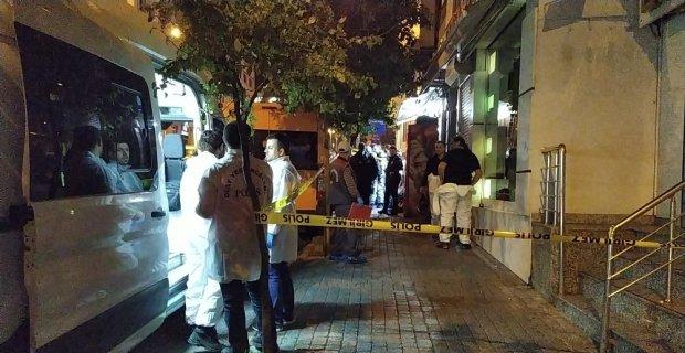 Fatih'te bir evde 2'si kadın 4 kardeşin cesedi bulundu