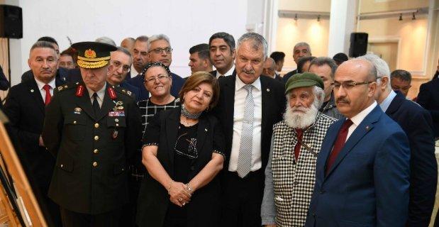 """Karalar: """"10 Kasım hüznümüzün sonsuzlaştığı gündür"""""""