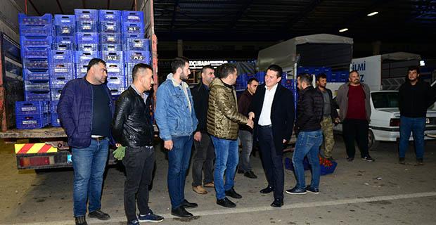 Kumluca'da yeni hal sezonu açıldı
