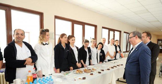 Trakya Üniversitesi Hemşirelik Hizmetleri Müdürlüğünden anlamlı kermes
