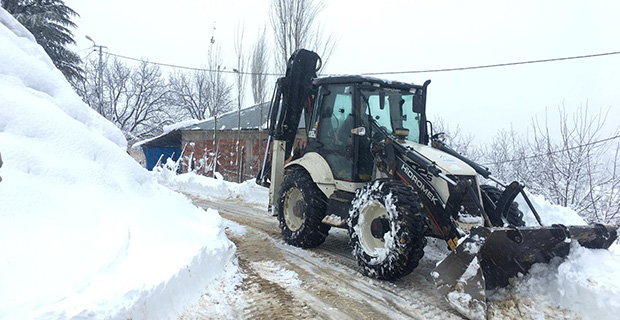 Dulkadiroğlu'nda karla mücadele
