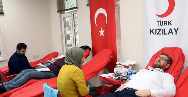 Akdeniz'den kan bağışı