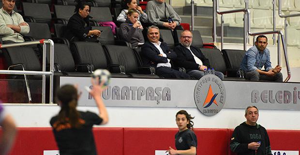 Başkan Uysal, antrenmanda