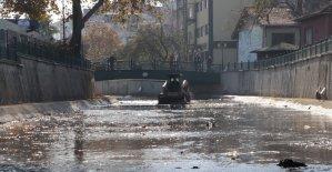 Akçakoca'daki Çivi Deresi temizlendi