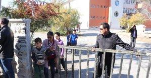 Aksaray'da okul müdürü açığa alındı, müfettişler incelemelerini sürdürüyor