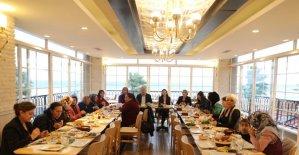 """Başkan Atabay, """"Kadınlarımıza destek sağlıyoruz"""""""