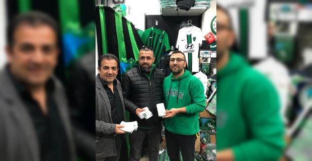 Başkan Hürriyet'ten Kocaelispor maçı için bilet ve otobüs desteği