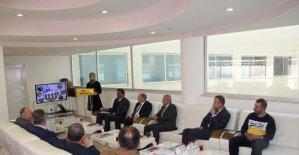 """Bitlis'te """"İl Milli Eğitim Müdürleri Bilgi Paylaşımı ve Değerlendirme Toplantısı"""" düzenlendi"""