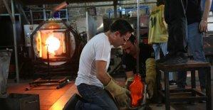 Cam Sanatları Merkezi Mustafa Ağatekin'i ağırladı