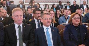 """Cumhurbaşkanı Yardımcısı Oktay: """"Terörden temizlenen bölgelere yaklaşık 370 bin kişi geri dönüş yaptı"""""""