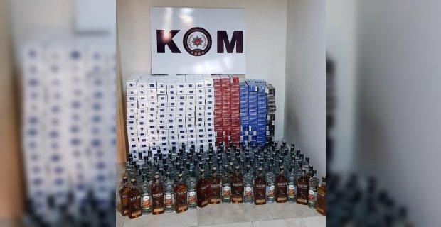 Gürcistan plakalı araçlarda kaçak içki ve kaçak sigara ele geçirildi