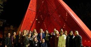 Kadınlar şiddete karşı Alyazma Anıtı'nda toplandı