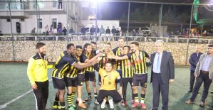 Kaş'taki Futbol Turnuvası tamamlandı