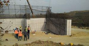 Kuzey Marmara Otoyolu inşaatında çöken iskeleden düşen işçi öldü