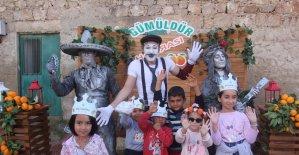 Mandalinanın başkentinde coşkulu festival