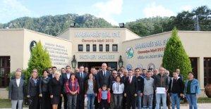 Marmaris Tarım ve Orman Müdürlüğü 197 kursiyere belgelerini dağıttı