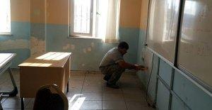 Okullara boya ve onarım desteği