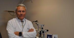 """Prof. Dr. Alimgil: """"Katarakt ameliyatı sonrası akıllı lens ile hem uzağı hem de yakını görmek mümkün"""""""