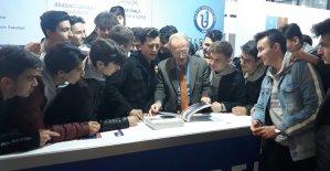 Rektör Uzun, Ankara'da aday öğrencilerle bir araya geldi