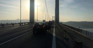 Şehitler köprüsünde Ata'ya saygı