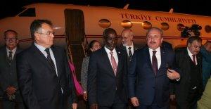 TBMM Başkanı Mustafa Şentop Cibuti'de