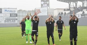 TFF 2. Lig: Manisa FK:3-Amed Sportif Faaliyetler:0