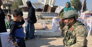 Türk Kızılayı'ndan Tel Abyad'a mobil klinik