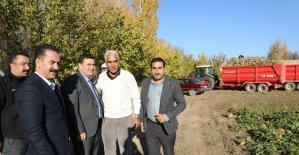 Vali Arslantaş'tan çiftçilere ziyaret