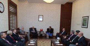 Vali Çakacak, Bulgar-Türk İşadamları Derneği yöneticilerini kabul etti
