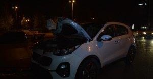 Yolun karşısına geçmek isterken otomobil çarptı