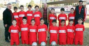 3 mahalleye daha futbol okulu açıldı