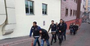 FETÖ'nün adliye ve cezaevi yapılanmasında 6 kişi gözaltına alındı