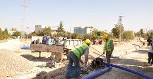 İmamoğlu'nda içme suyu şebekesi yenileniyor