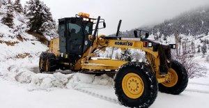 Mersin'de karla mücadele
