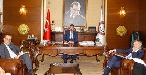 Mülteci sorunlarının çözümünde Türkiye ve Avrupa işbirliği yapmalı