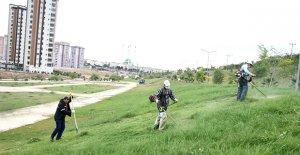 Toroslar'da yeşil alanlar güzelleşiyor