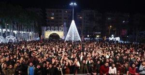 Mersin'de yeni yıl coşkusu yaşandı