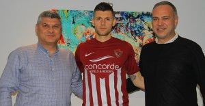 Yeni transfer, Popov