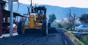 Yeşilköy'de sıcak asfalt çalışması