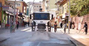 Anamur'da sokaklar dezenfekte ediliyor
