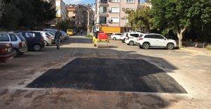 Bozuk yollar asfaltlanıyor