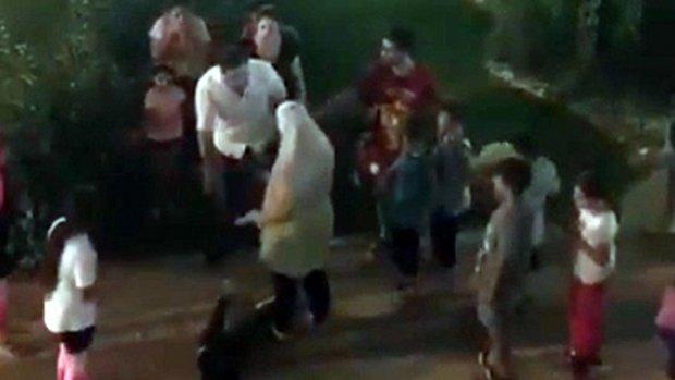 5 yaşındaki çocuğa attığı tokat büyük tepki topladı