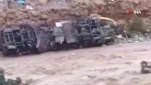Fas'ta yolcu otobüsü devrildi